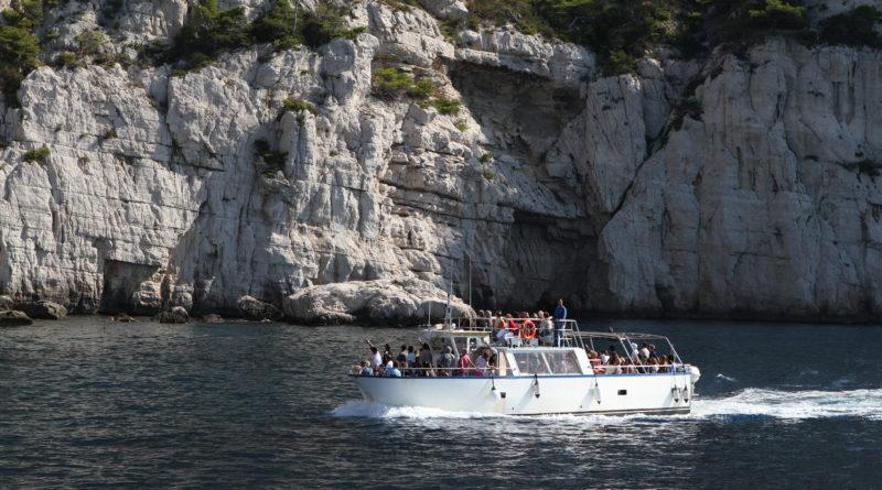 Visiter les Calanques en bateau